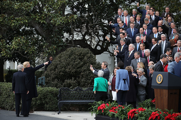 US Republican Party「President Trump Speaks On The Passage Of The GOP Tax Plan At The White House」:写真・画像(16)[壁紙.com]