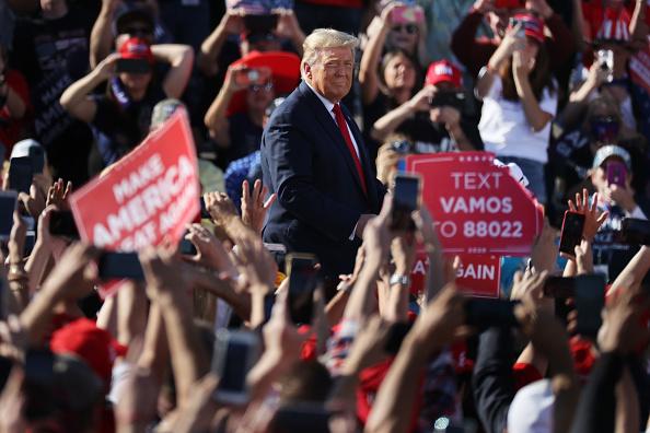 Presidential Election「Donald Trump Campaigns In Arizona Ahead Of Presidential Election」:写真・画像(14)[壁紙.com]