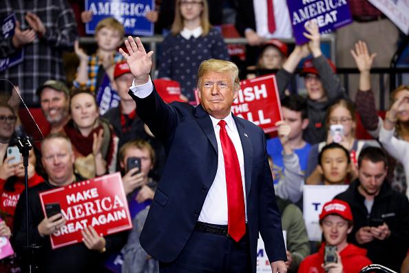 ドナルド・トランプ「President Trump Holds Campaign Rally In Fort Wayne, Indiana」:写真・画像(17)[壁紙.com]