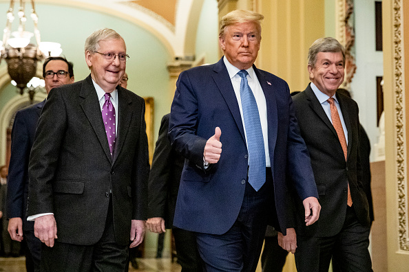 US Republican Party「President Trump Meets With GOP Lawmakers On Capitol Hill On Coronavirus Plan」:写真・画像(12)[壁紙.com]