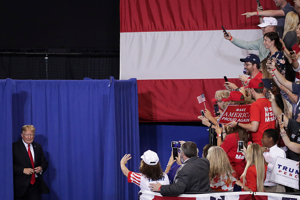 Midterm Election「President Trump Holds Rally In Nashville, Tennessee」:写真・画像(5)[壁紙.com]