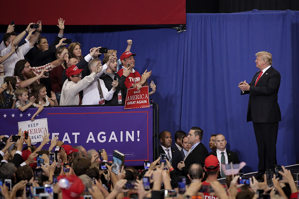 MAGA「President Trump Holds Rally In Nashville, Tennessee」:写真・画像(14)[壁紙.com]
