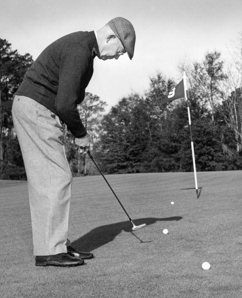 ゴルフ「Dwight Eisenhower Golfing 1958」:写真・画像(16)[壁紙.com]