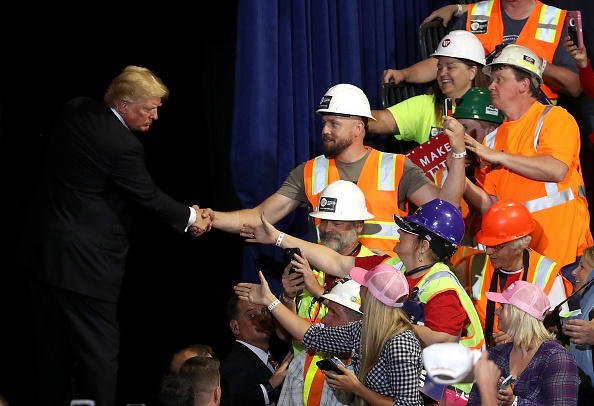 MAGA「President Trump Holds Rally In Great Falls, Montana」:写真・画像(8)[壁紙.com]