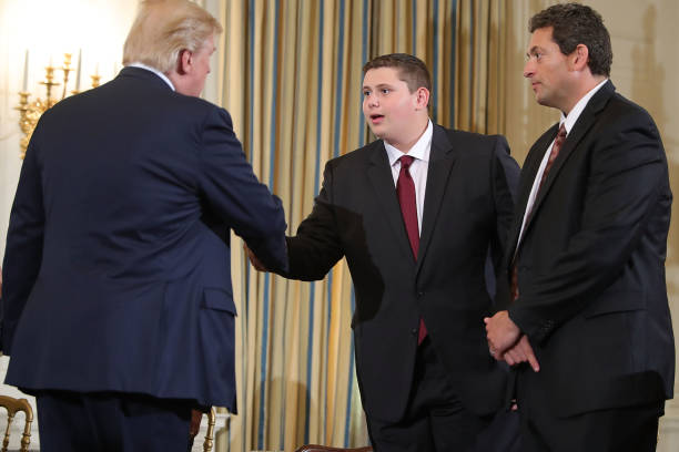 Trump Holds Listening Session With Students And Teachers On Mass Shootings:ニュース(壁紙.com)