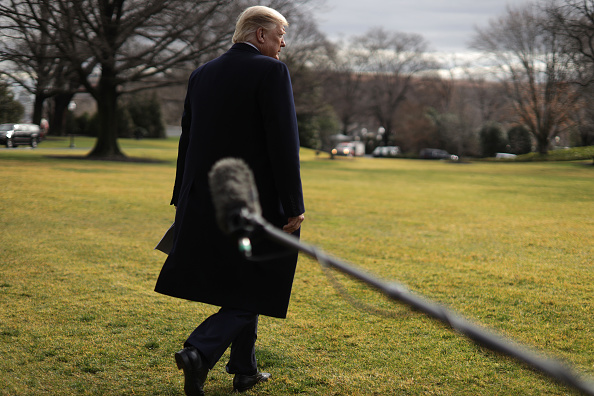 South Lawn「President Trump Departs The White House For North Carolina Event」:写真・画像(11)[壁紙.com]