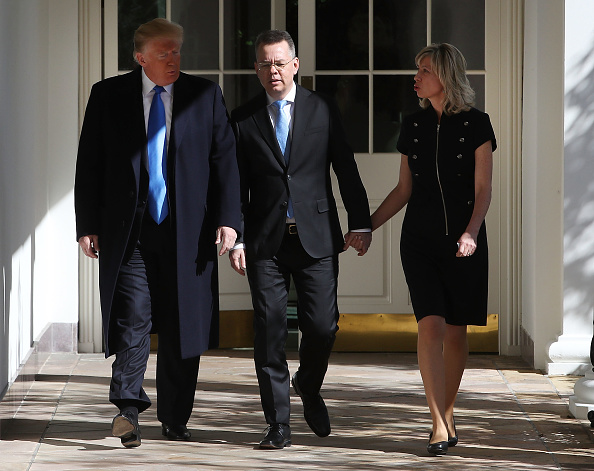 Preacher「President Trump Meets With Freed Pastor Andrew Brunson At The White House」:写真・画像(1)[壁紙.com]