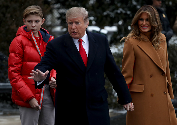 Win McNamee「President Trump Departs The White House For Palm Beach, Florida」:写真・画像(10)[壁紙.com]