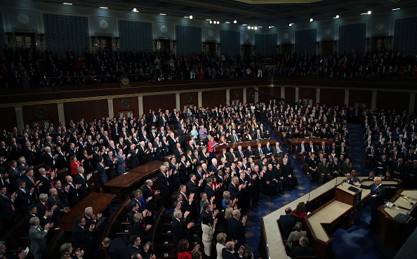 United States Congress「President Trump Addresses The Nation In His First State Of The Union Address To Joint Session Of  Congress」:写真・画像(6)[壁紙.com]