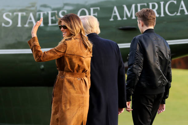 President Trump And First Lady Melania Depart White House En Route To Florida:ニュース(壁紙.com)