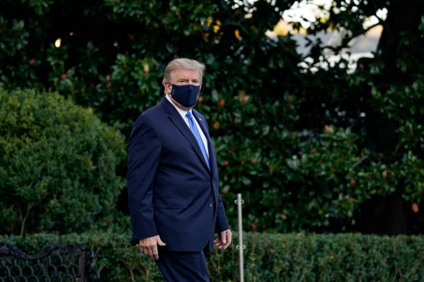 Trump Departs White House For Walter Reed Medical Center After COVID-19 Diagnosis:ニュース(壁紙.com)