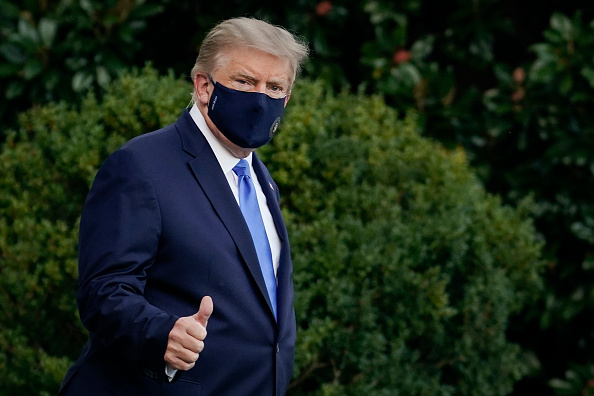 Portrait「Trump Departs White House For Walter Reed Medical Center After COVID-19 Diagnosis」:写真・画像(8)[壁紙.com]