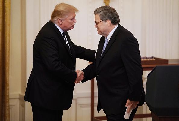 Attorney General「President Donald Trump Presents Public Safety Officer Medal Of Valor」:写真・画像(13)[壁紙.com]