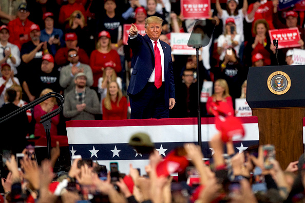 Gratitude「President Trump Holds Campaign Rally In Hershey, Pennsylvania」:写真・画像(5)[壁紙.com]