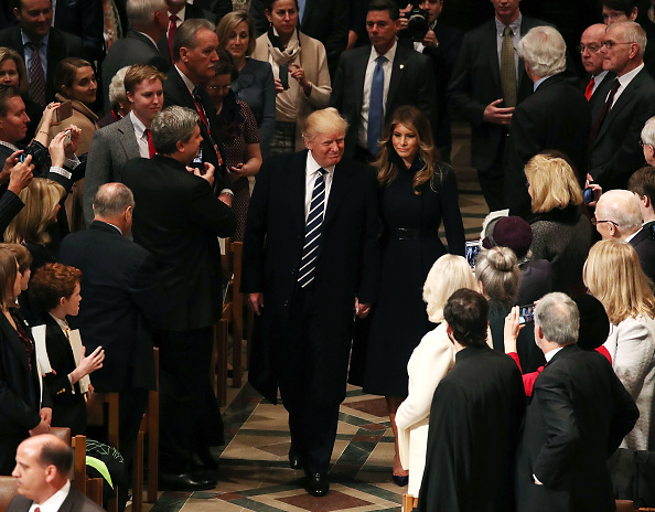 Attending「President Trump And Vice President Pence Attend National Prayer Service At The National Cathedral」:写真・画像(19)[壁紙.com]