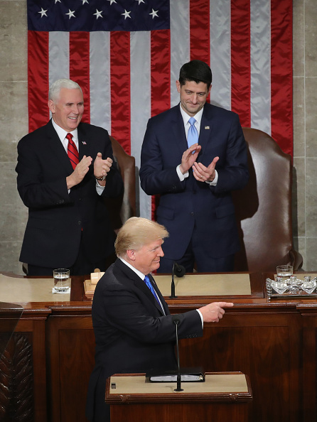 Pointing「President Trump Addresses The Nation In His First State Of The Union Address To Joint Session Of  Congress」:写真・画像(18)[壁紙.com]