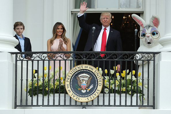 Easter「President Trump And Melania Trump Host White House Easter Egg Roll」:写真・画像(11)[壁紙.com]