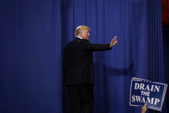 Midterm Election「President Trump Holds Rally In Nashville, Tennessee」:写真・画像(18)[壁紙.com]