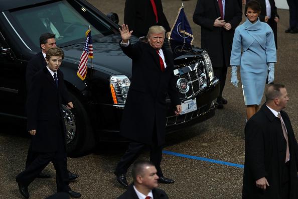 J R Smith「Parade Celebrates Presidential Inauguration Of Donald Trump」:写真・画像(4)[壁紙.com]