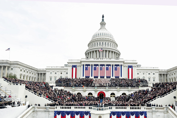 Capitol Hill「Donald Trump Is Sworn In As 45th President Of The United States」:写真・画像(16)[壁紙.com]