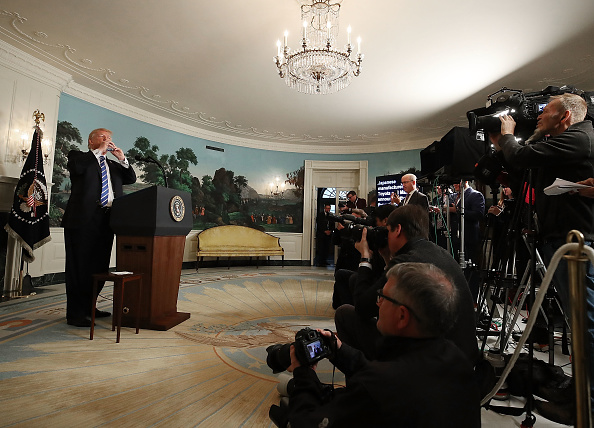 Asia「President Trump Delivers Remarks In The Diplomatic Room Of The White House」:写真・画像(16)[壁紙.com]