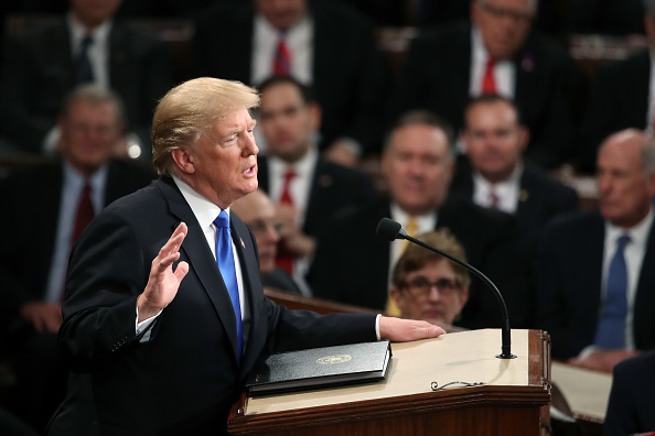 US State Of The Union Address「President Trump Addresses The Nation In His First State Of The Union Address To Joint Session Of  Congress」:写真・画像(13)[壁紙.com]