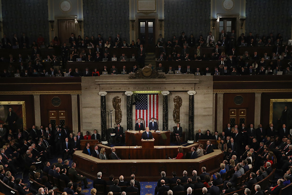 United States Congress「President Trump Addresses The Nation In His First State Of The Union Address To Joint Session Of  Congress」:写真・画像(9)[壁紙.com]