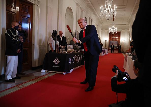 Baseball - Sport「President Trump Delivers Remarks At Spirit Of America Showcase」:写真・画像(9)[壁紙.com]