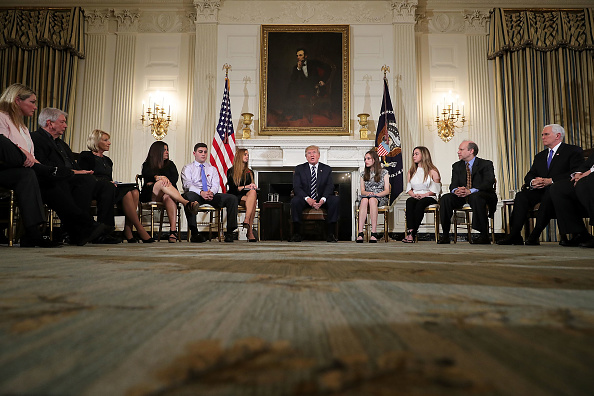 Florida - US State「Trump Holds Listening Session With Students And Teachers On Mass Shootings」:写真・画像(5)[壁紙.com]