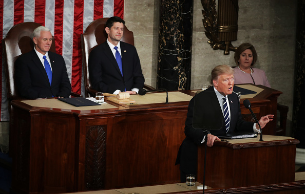 Joint Session of Congress「Donald Trump Delivers Address To Joint Session Of Congress」:写真・画像(1)[壁紙.com]