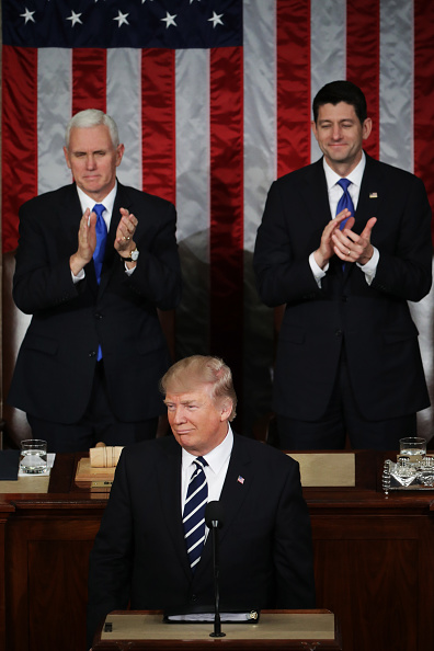 Joint Session of Congress「Donald Trump Delivers Address To Joint Session Of Congress」:写真・画像(2)[壁紙.com]