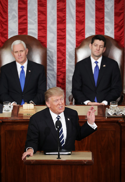 Joint Session of Congress「Donald Trump Delivers Address To Joint Session Of Congress」:写真・画像(10)[壁紙.com]