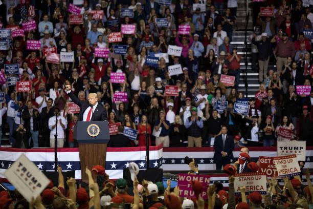 President Trump Holds Rally In Houston, Texas:ニュース(壁紙.com)