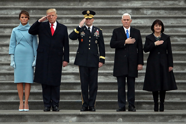 Full Length「Donald Trump Is Sworn In As 45th President Of The United States」:写真・画像(11)[壁紙.com]