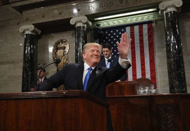 Win McNamee「President Trump Addresses The Nation In His First State Of The Union Address To Joint Session Of  Congress」:写真・画像(10)[壁紙.com]