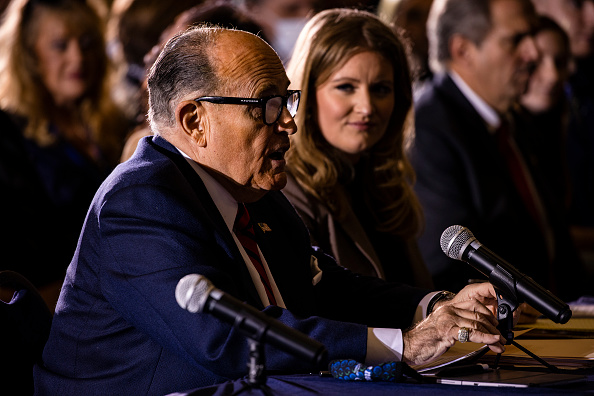 """Social Issues「Rudy Giuliani Attends Hearing Hosted By PA State Senators On Voting """"Irregularities""""」:写真・画像(6)[壁紙.com]"""