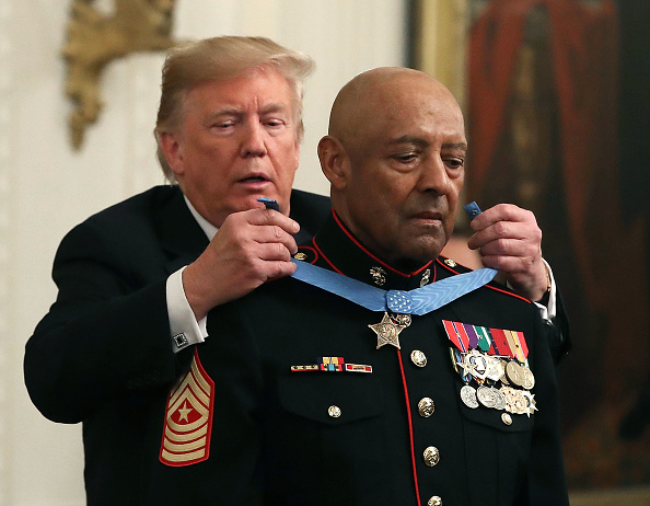 Heart「Marine Sgt Maj John Canley Awarded Medal Of Honor For Conspicuous Gallantry In Vietnam」:写真・画像(9)[壁紙.com]