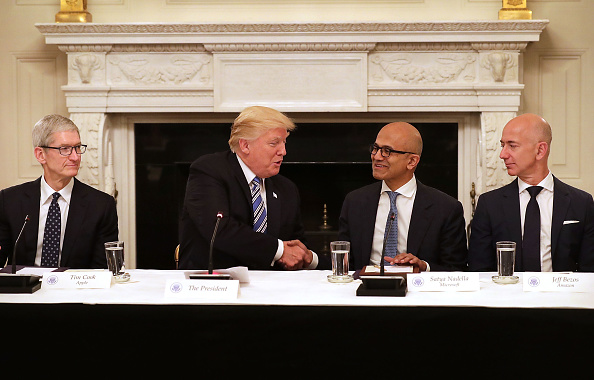 CEO「President Trump Hosts American Technology Council Roundtable」:写真・画像(1)[壁紙.com]