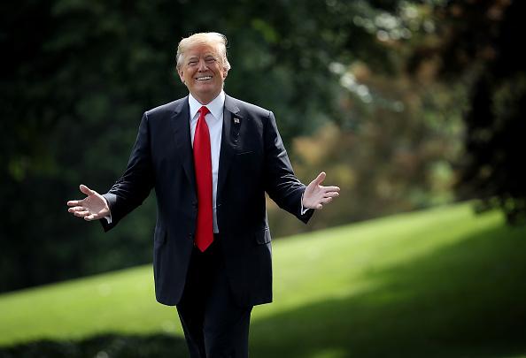 Smiling「President Trump Departs White House For Nashville」:写真・画像(14)[壁紙.com]