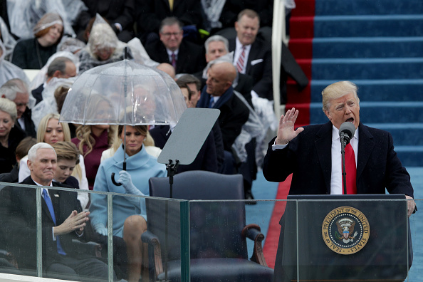 Alex Wong「Donald Trump Is Sworn In As 45th President Of The United States」:写真・画像(11)[壁紙.com]