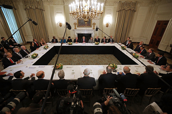 White House State Dining Room「President Trump Holds Policy Forum With Business Leaders」:写真・画像(6)[壁紙.com]