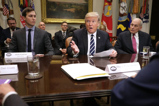 President Trump Meets With Cyber Security Experts At White House:ニュース(壁紙.com)