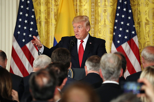 Press Room「Donald Trump Holds Joint Press Conference With Colombian President Santos」:写真・画像(15)[壁紙.com]