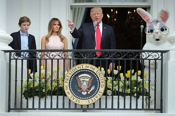 Easter「President Trump And Melania Trump Host White House Easter Egg Roll」:写真・画像(0)[壁紙.com]