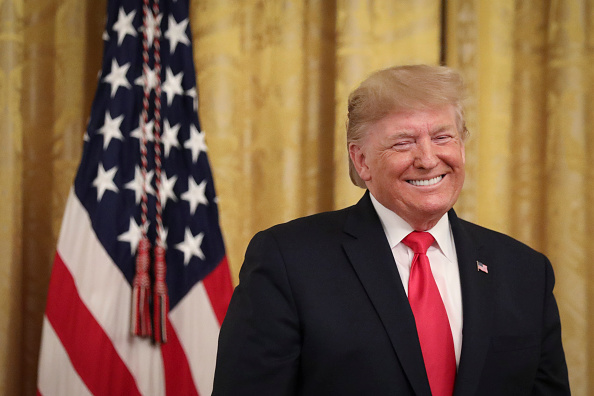 Smiling「President Trump Delivers Remarks On Federal Judicial Confirmation Milestones」:写真・画像(4)[壁紙.com]