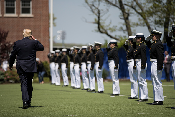 Beginnings「Donald Trump Delivers Commencement Address At U.S. Coast Guard Academy」:写真・画像(13)[壁紙.com]