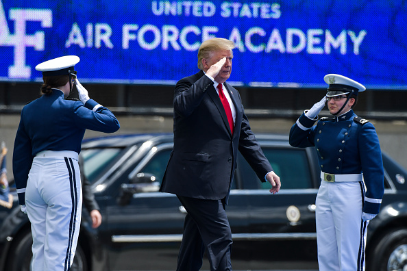 Michael Ciaglo「President Trump Delivers Remarks At US Air Force Academy Graduation Ceremony」:写真・画像(16)[壁紙.com]