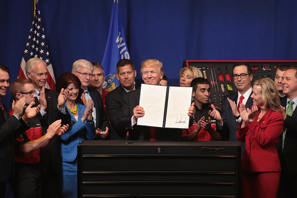 Guest「President Trump Visits Snap-On Tools In Kenosha, Wisconsin」:写真・画像(5)[壁紙.com]