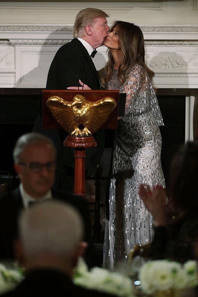 世界的な名所「President And Mrs Trump Host White House Historical Association Dinner」:写真・画像(8)[壁紙.com]