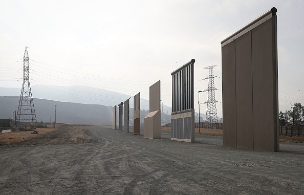 San Diego「U.S. Border Patrol Monitors California-Mexico Border」:写真・画像(15)[壁紙.com]